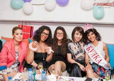 Моминско парти (8)