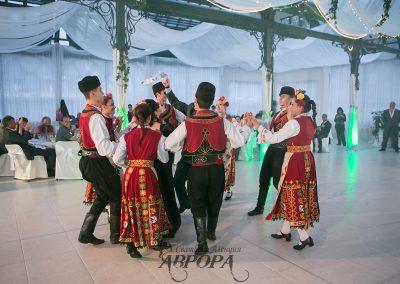 Танци (3)